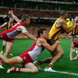 Australian Rules Football: How to Train for Power & Endurance without Causing Negative Effects